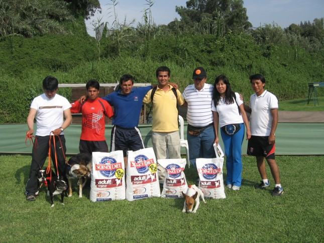 Equipo Adiestra Perú