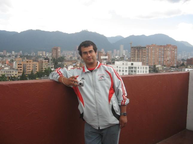 Varado en Bogotá se nota la ciudad al fondo no?